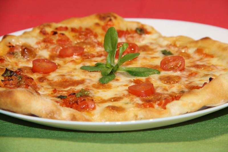 Italiensk Pizza av Surdeig