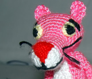 Pantera rosa de crochet
