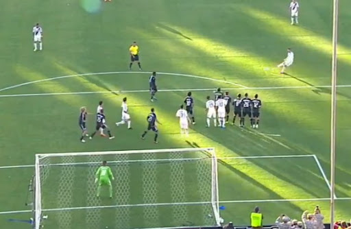 LA Galaxy player David Beckham scores from a free-kick to equalise against San Jose Earthquakes