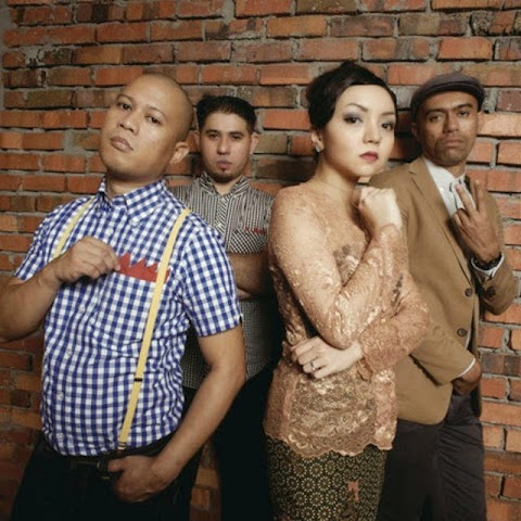 Gerhana Ska Cinta - Sayang (feat. Altimet, Salam & Nabila Huda) MP3