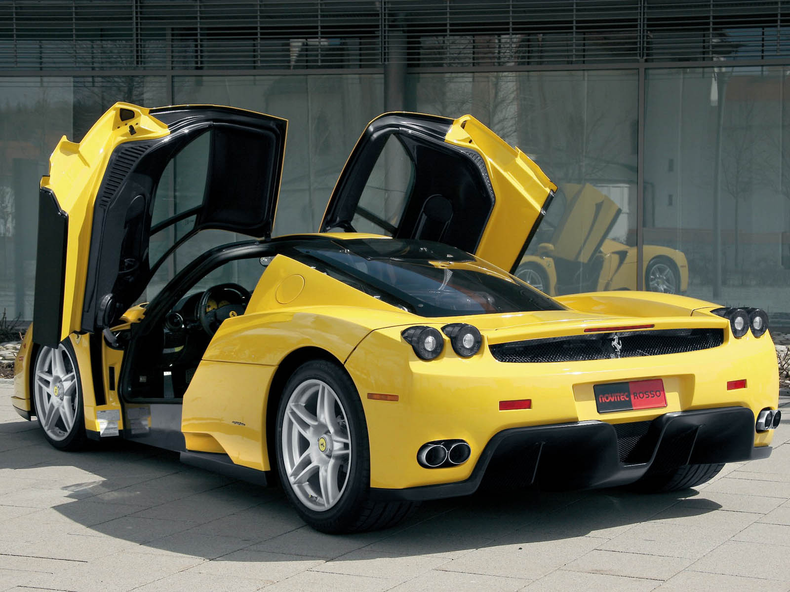 Ferrari Enzo Car Review