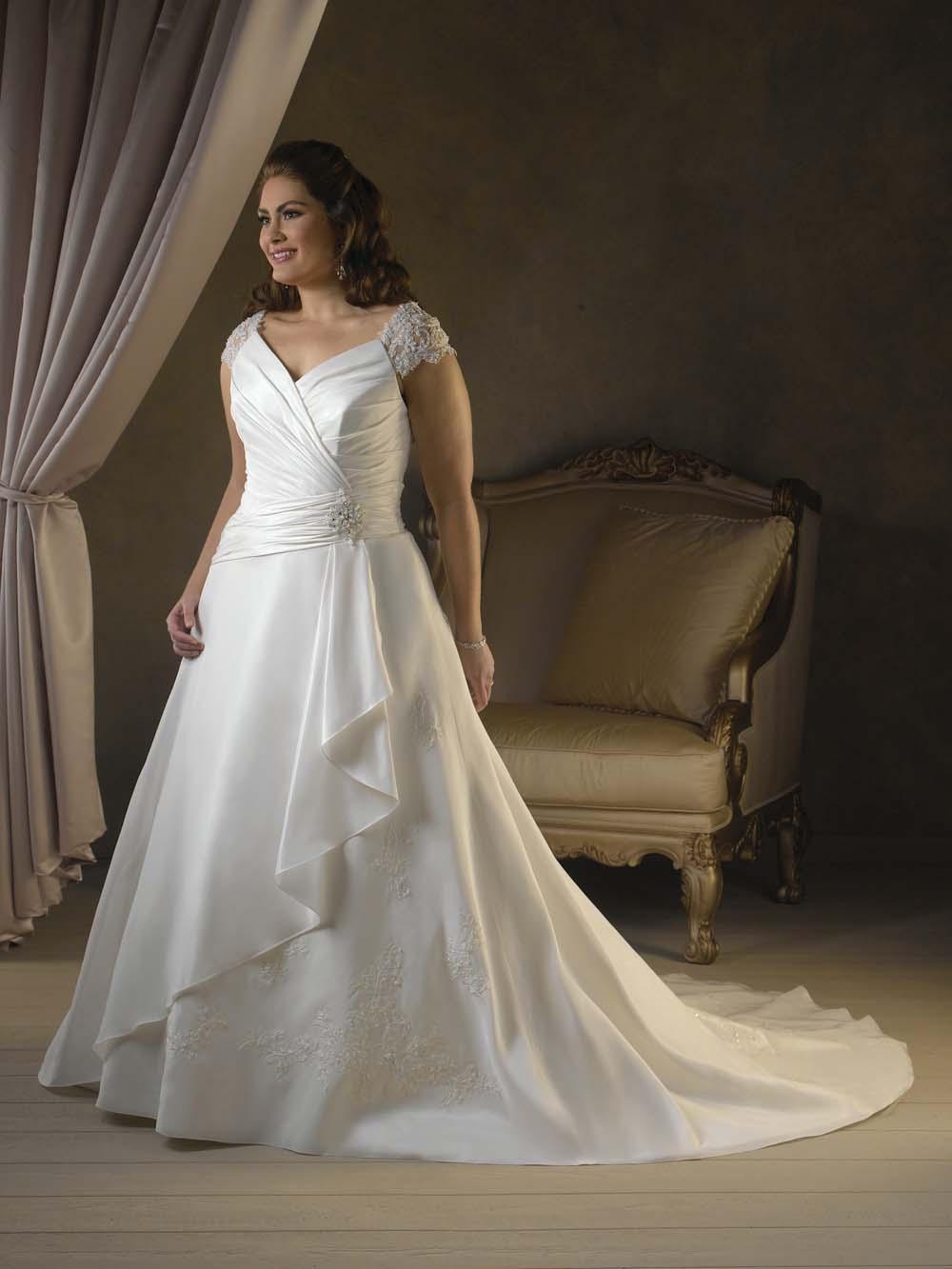 BEST SLEEVED WEDDING DRESSEScronicassico tropicas