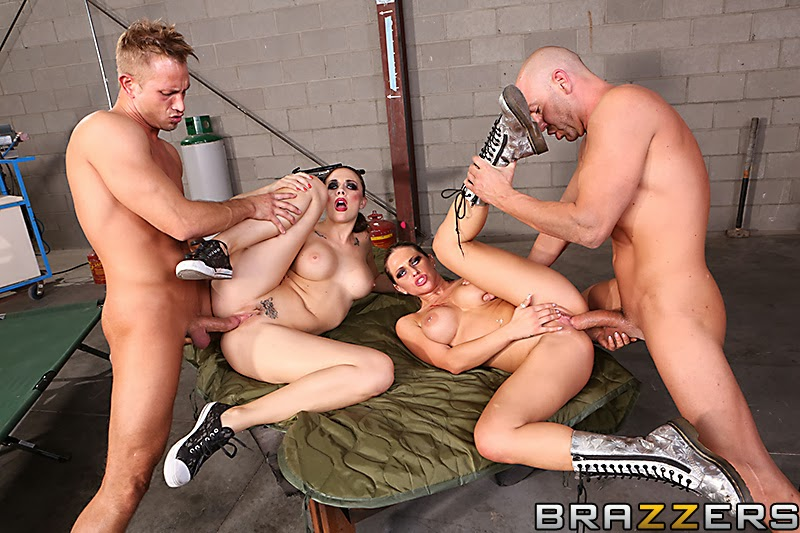 порно с участием солдат