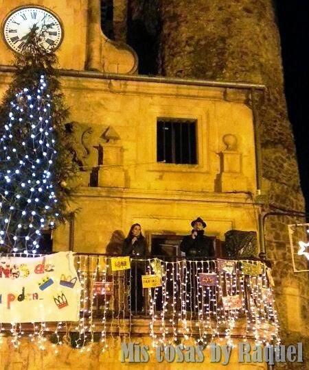 Arturo y yo, Raquel, presentando la Cabalgata de Reyes de Sepúlveda