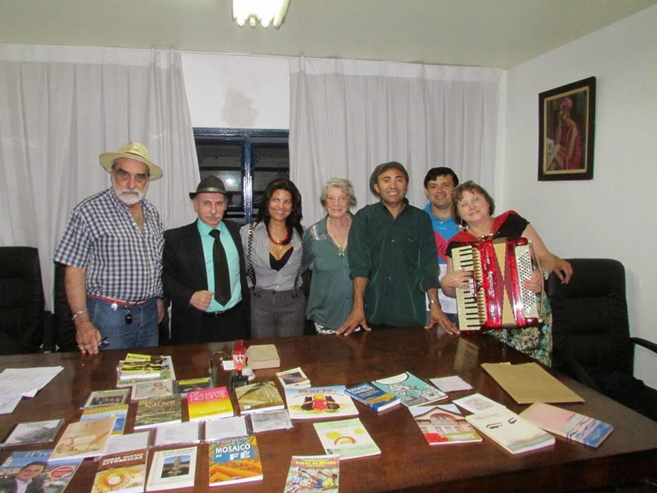 Poetas da Casa - Odila Placencia, ChicoLuz, Cynthia Porto...