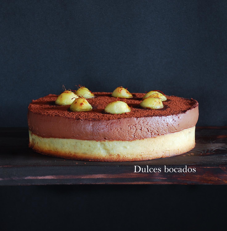 Tarta de manzana al azafrán con mousse de chocolate - Dulces bocados