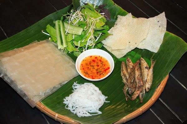 Grilled Sharpbelly in Phú Yên (Cá mương nướng Phú Yên)