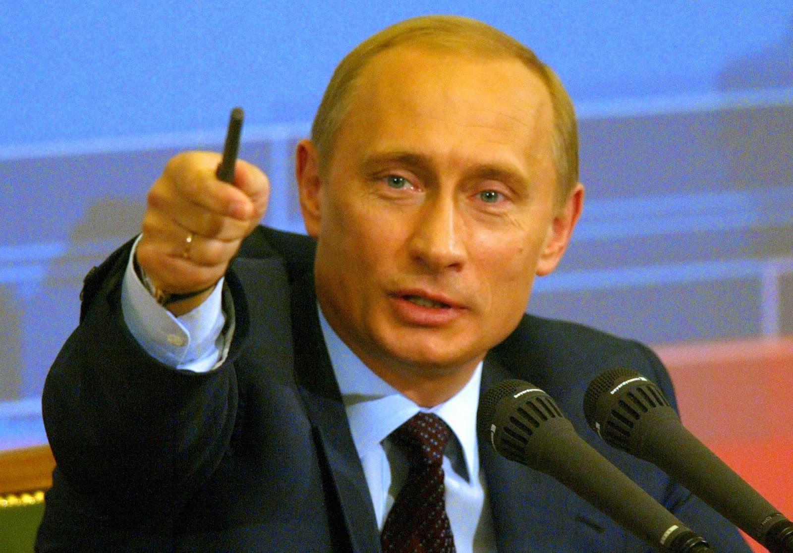 Путин указывает