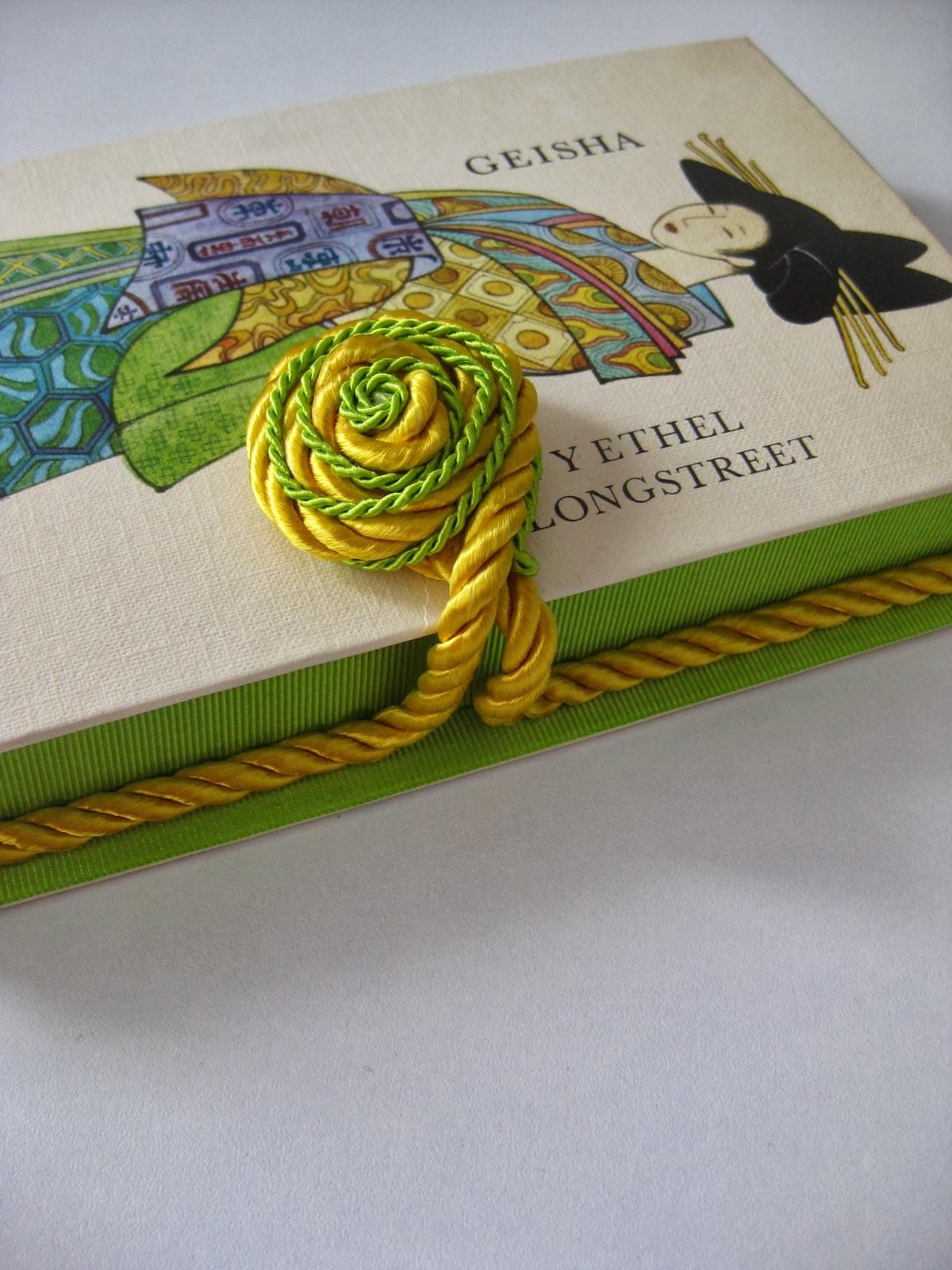 Libros-bolso reciclados artesanales