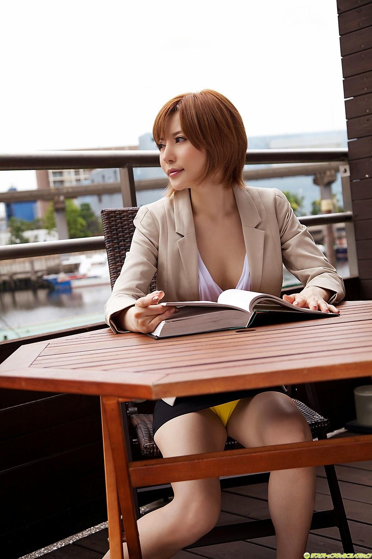 yuria-satomi-00980841