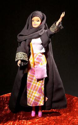 gambar boneka barbie muslim