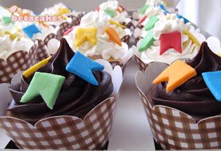 Decoração Festa Junina - Cupcakes -