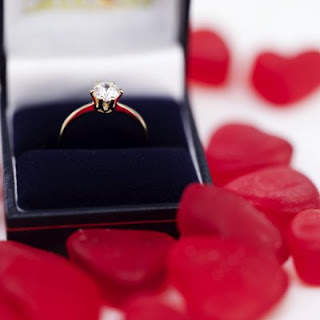 Hadiah Paling Romantis Untuk Cewek