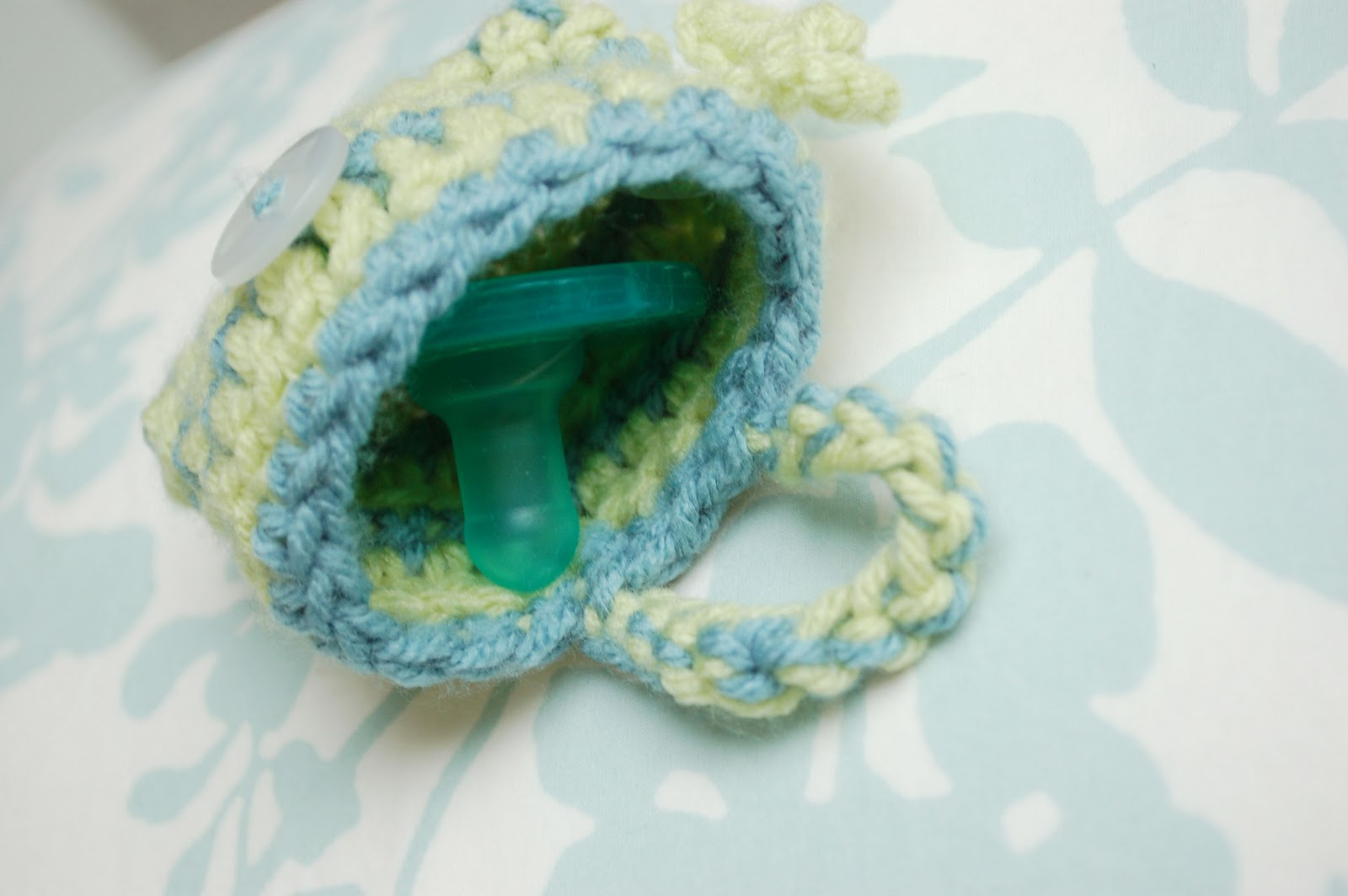 Alli Crafts Free Pattern Pacifier Pouch