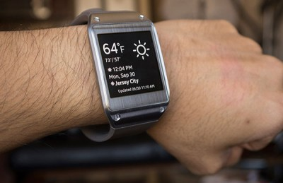 Samsung Garap Smartwatch yang Bisa Menelepon