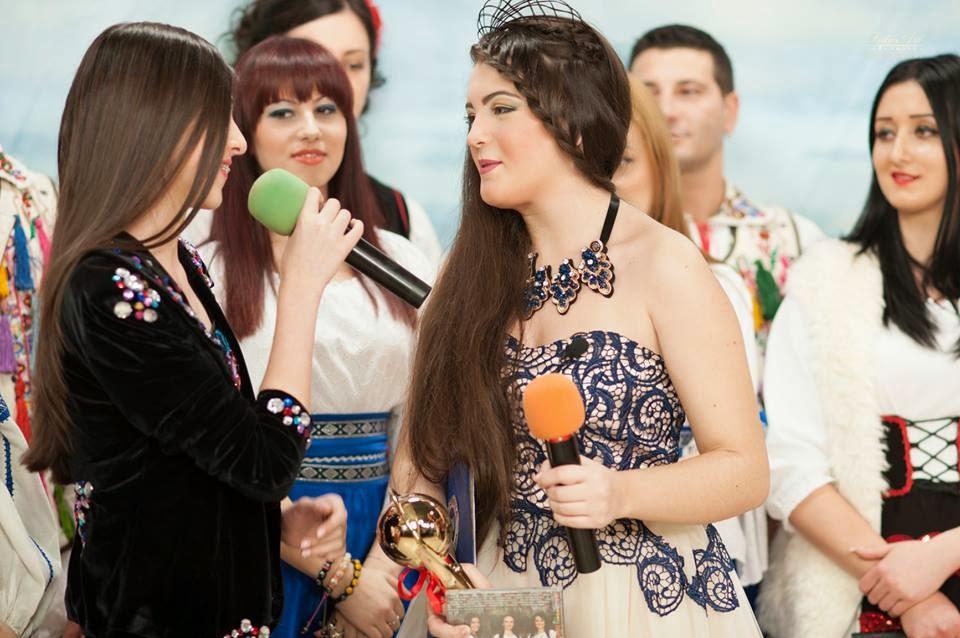 Daiana si Invitatii Sai-Columna Tv