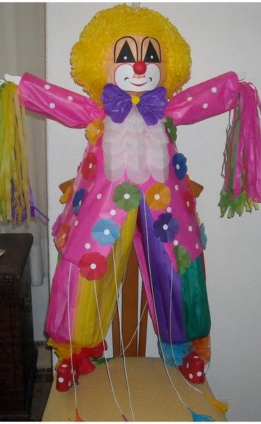 Piñatas de Payasos, parte 1
