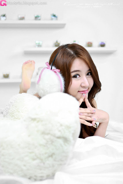 2 Yoon Joo Ha in White - very cute asian girl - girlcute4u.blogspot.com