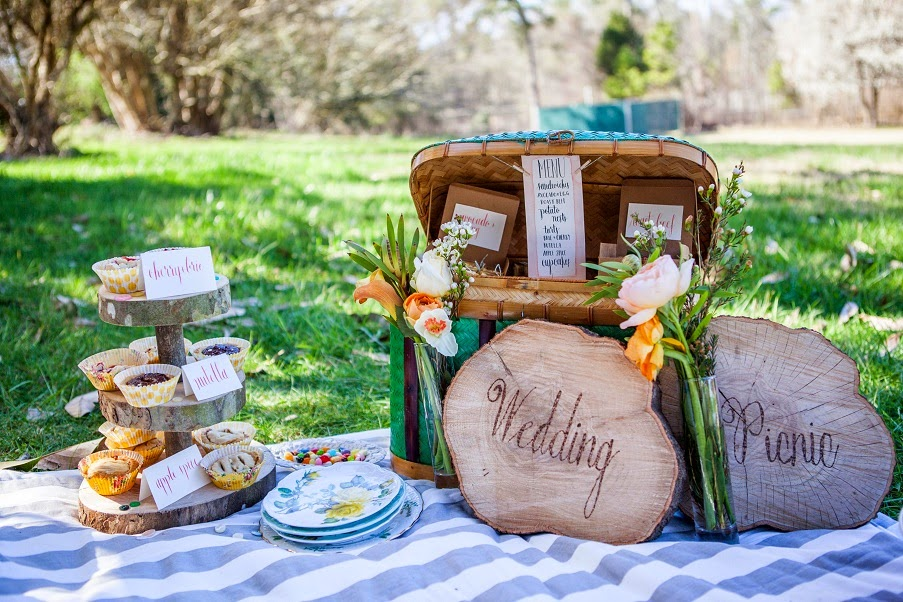 Wedding Picnic
