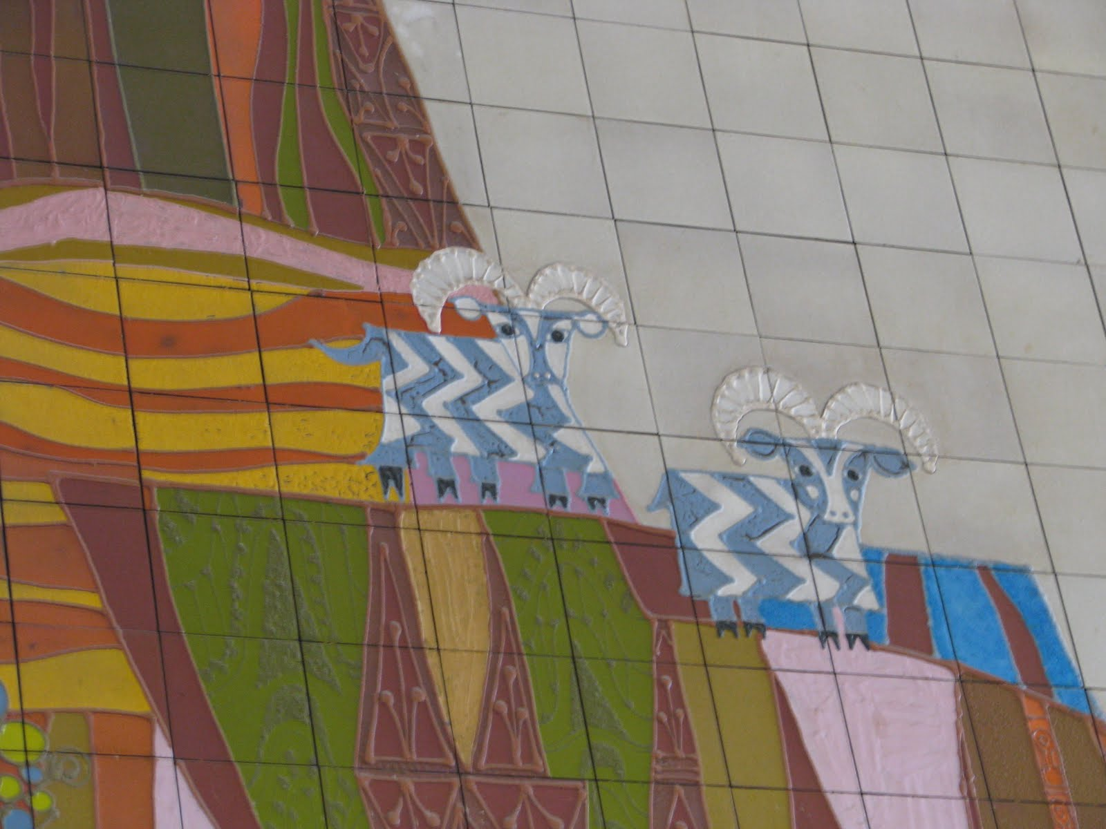 Moved by the mouse here we go for Contemporary resort mural
