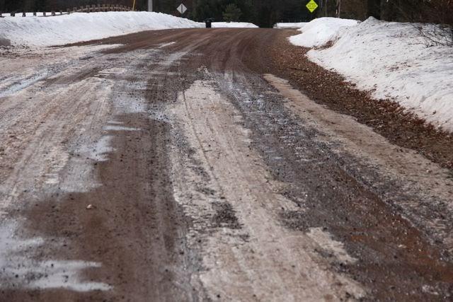 Spring road condition March 12 2014    © harrington