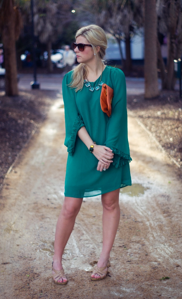 Charleston Fashion Week Street Style, Charleston, Street Style, Womens fashion, Green Dresses, Southern womens fashion, Spring Fashion in South Carolina