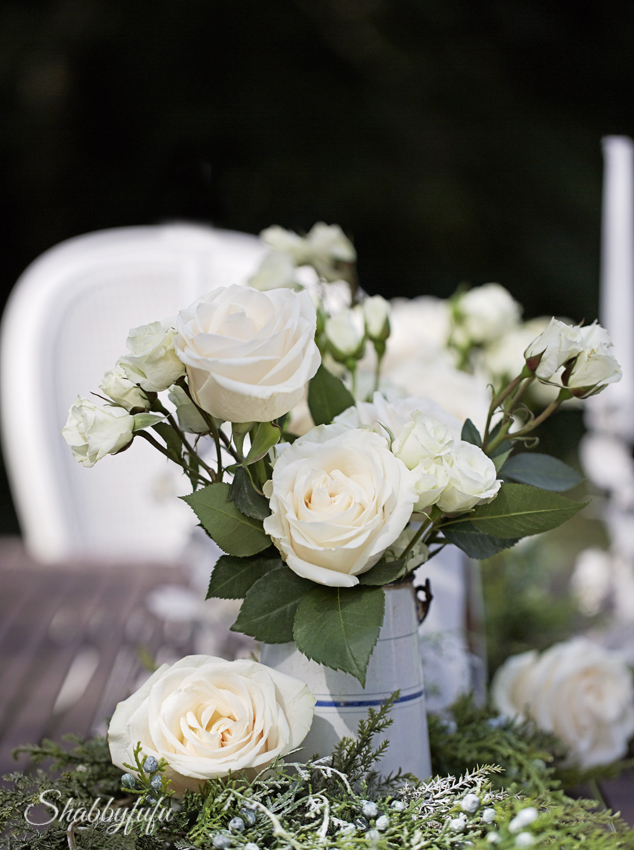 white roses romantic & Winter White Outdoor Table Setting - shabbyfufu.com