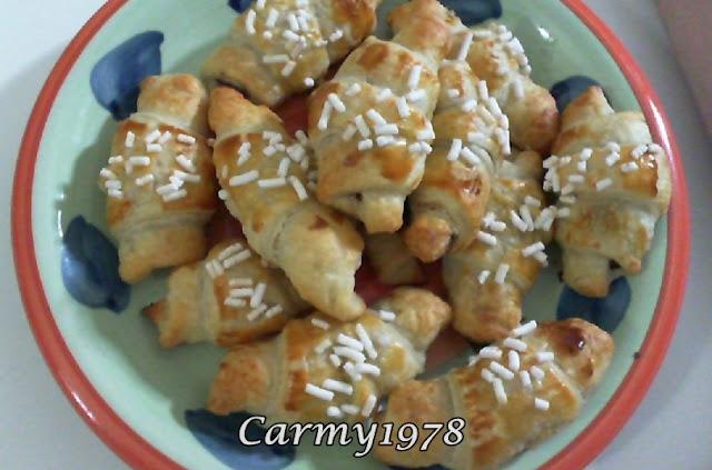 cornetti-di pasta-sfoglia-con-nutella