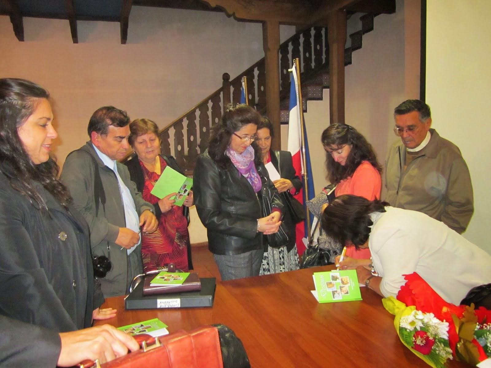 Presentación del libro Destinos en Chillán Viejo