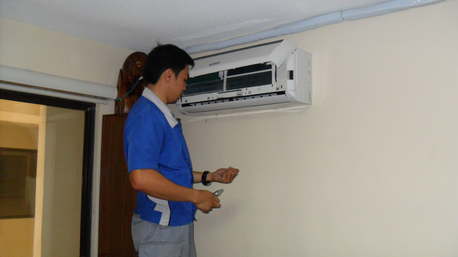 Alabang Aircon: Split Type Airconditioner Installation #18347A