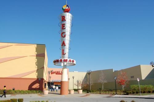 regal cinemas the mills st louis