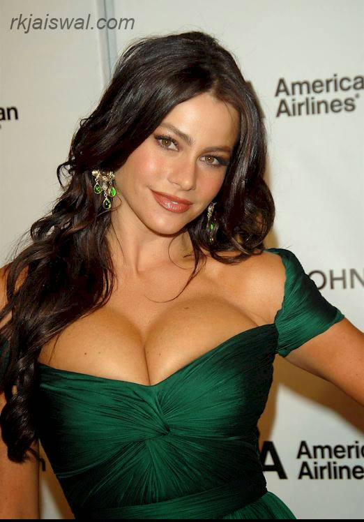 Hollywood actress sofia vergarai Bikini Photos For Free,