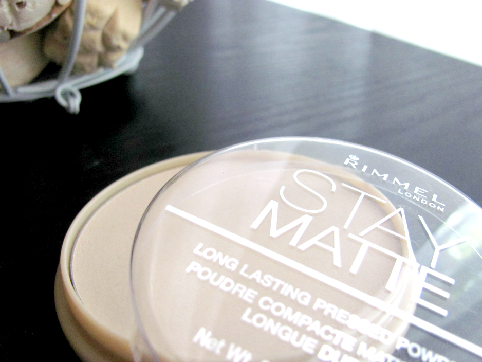 rimmel-london-stay-matte-pressed-powder