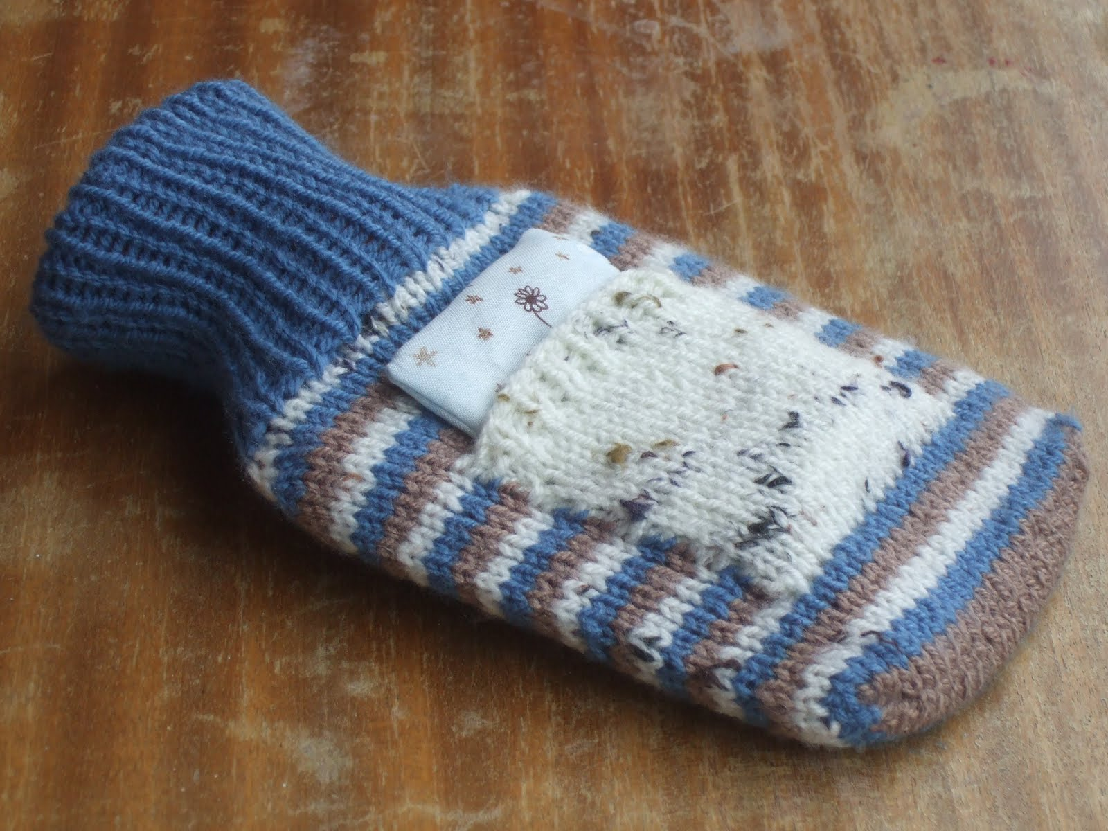 Easy Hot Water Bottle Knitting Pattern : Made By Joanne: more quick knitted gifts: hot water bottle cover with lavende...