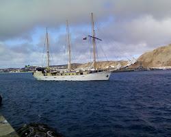 Navio escola Alva  a entrar em Porto Santo
