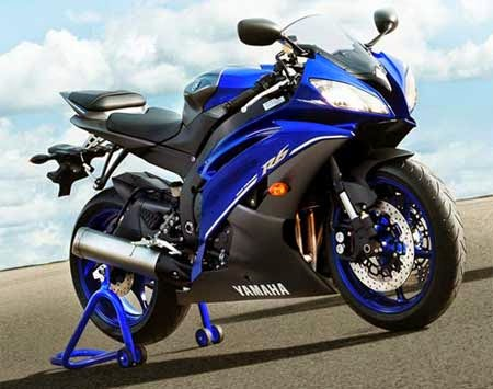 Review Yamaha R6