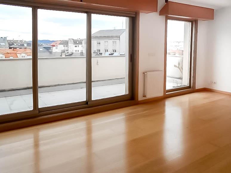 Ático de un dormitorio en O Montiño, terrazas, garaje. 155.000€