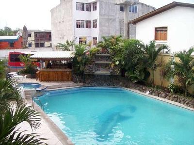 Hoteles en atacames con piscina ecuador turistico for Hoteles con piscina en cuenca
