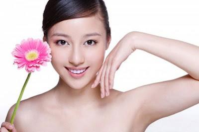 cách chăm sóc da mặt với kem dưỡng