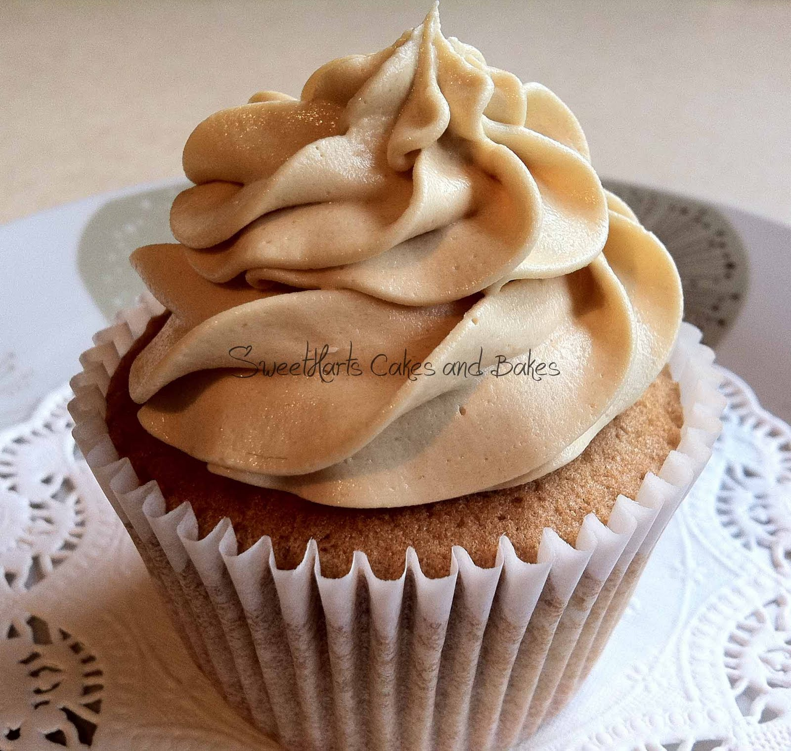 Coffee Cake Cupcakes Recipe — Dishmaps