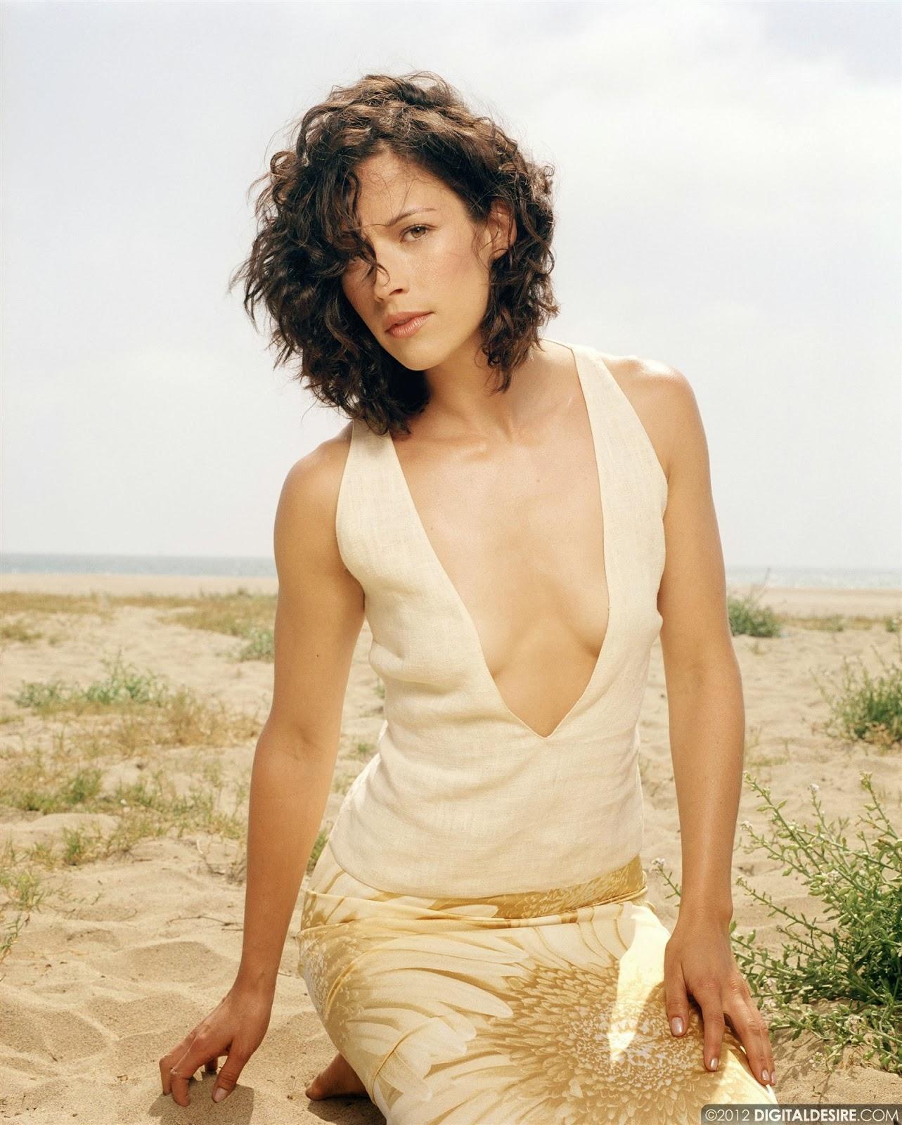 a look at super sexy actress brooke langton