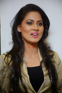 Pooja Kumar Spicy Mollywood Actress at Toni And Guy Essensuals Salon Launch
