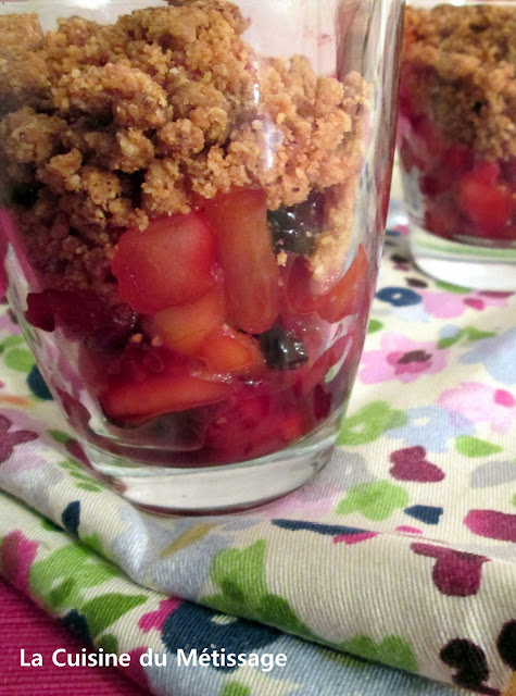 crumble pomme fruits rouges hibiscus