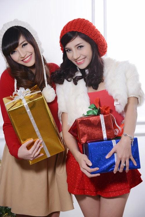 Đón Giáng sinh cùng hotgirl xinh đẹp|raw