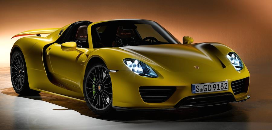 porsche 918 spyder sold out keen on a porsche 918 spyder for christmas too bad they 39 re all. Black Bedroom Furniture Sets. Home Design Ideas