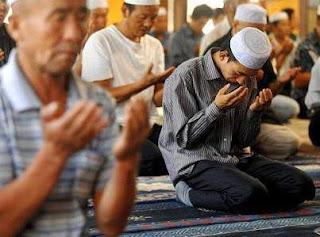 كيف يستيقظ الصينيون لصلاة الفجر ؟