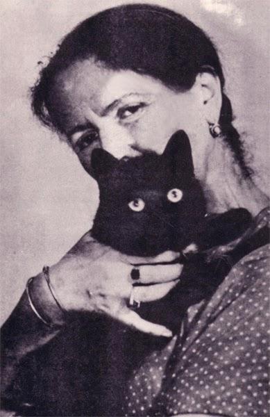 A szerzőnő és cicája, Fekete Bársony