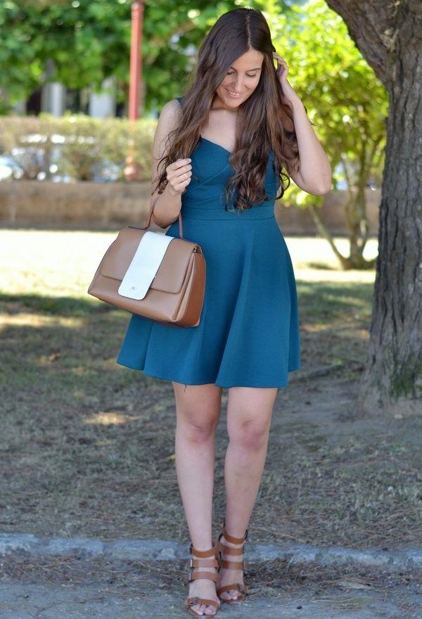 Como combinar vestidos y zapatos de moda