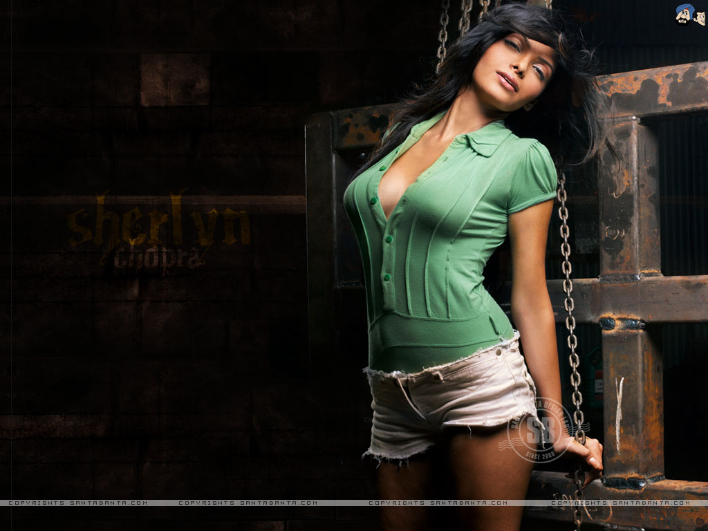 http://2.bp.blogspot.com/-MRE84q_rn14/Tgce4VceYaI/AAAAAAAAAvs/Qi-EKpdMh_w/s1600/Sherlyn+Chopra+Hot+Wallpapers1.jpg
