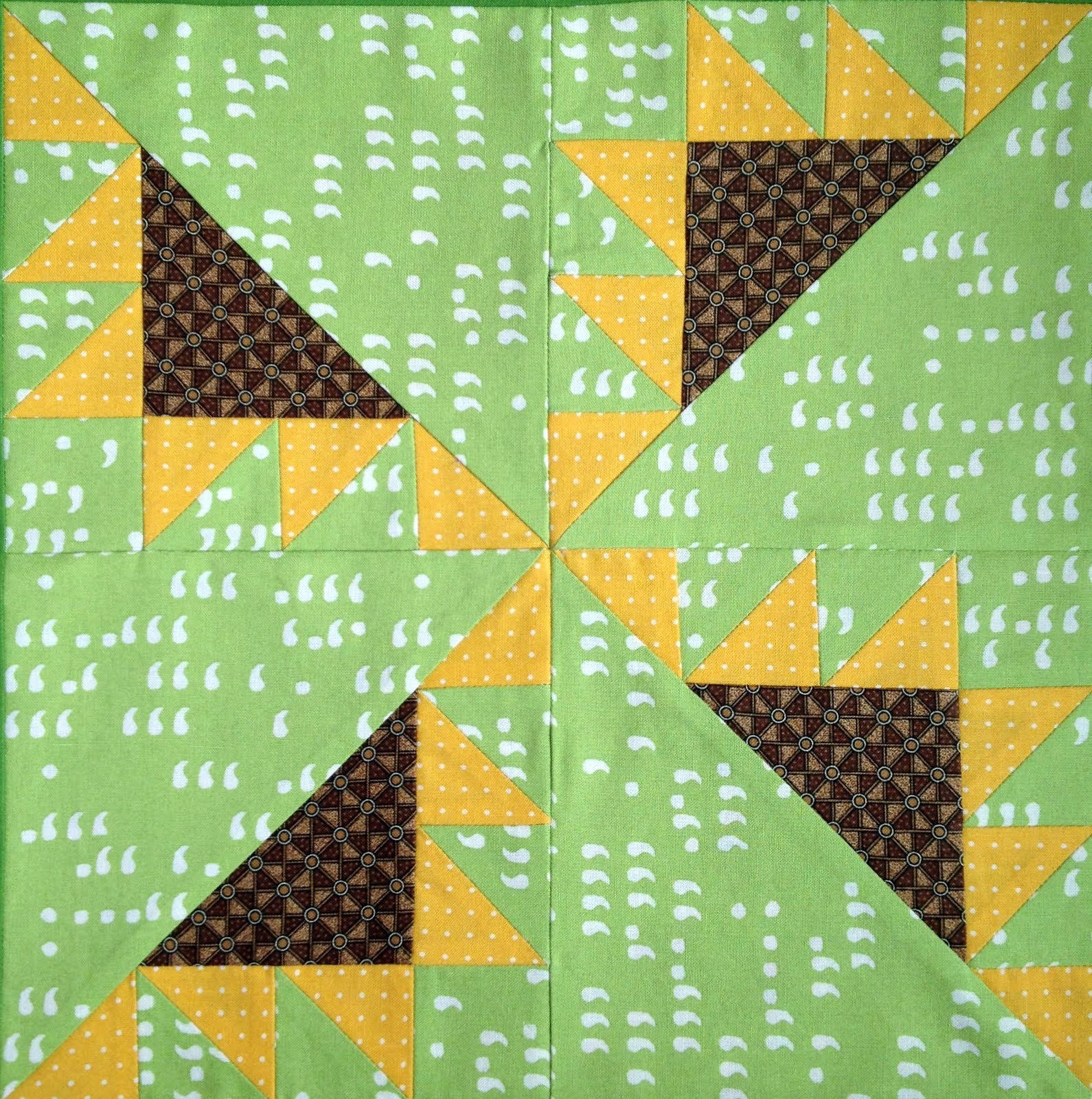 Starwood Quilter: Sunflower Quilt Blocks Galore and Happy Birthday, Dear Kansas!